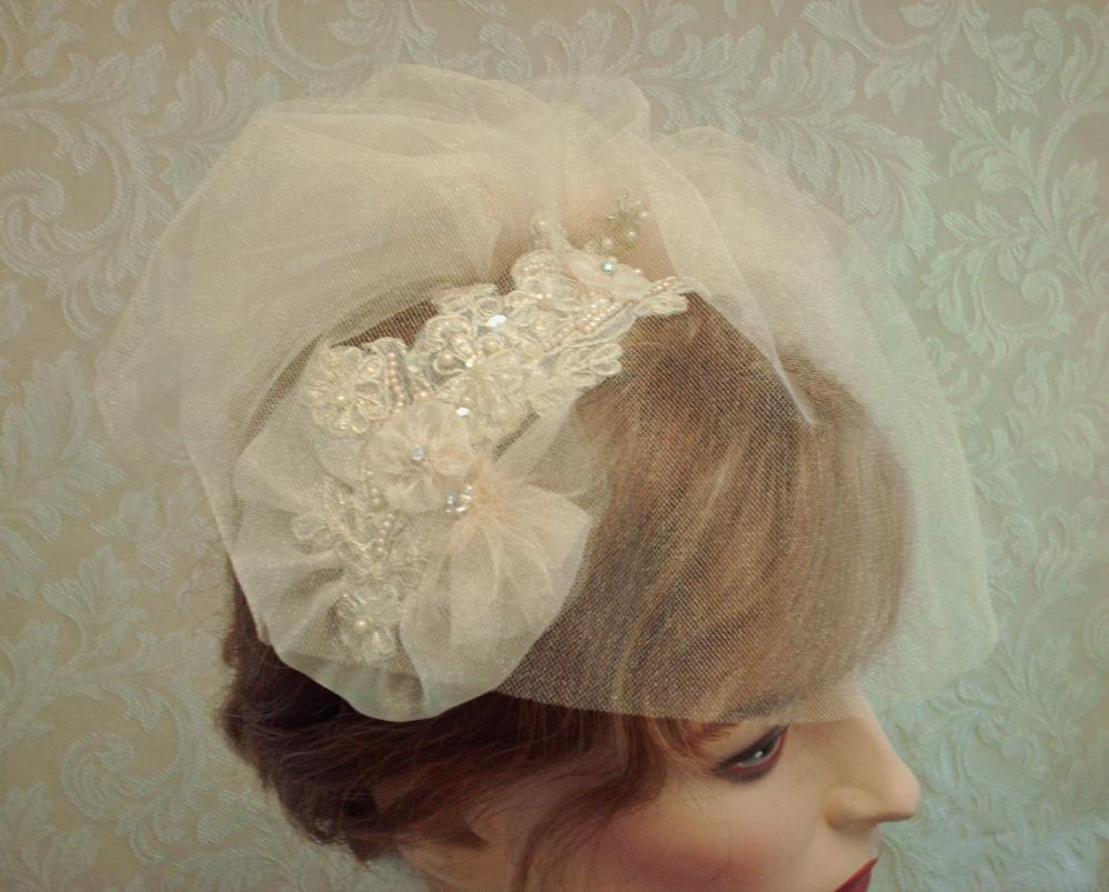 Champagne Birdcage Veil Ad Fascinator Set / Wedding Headpiece With Tulle Birdcage Veil Set